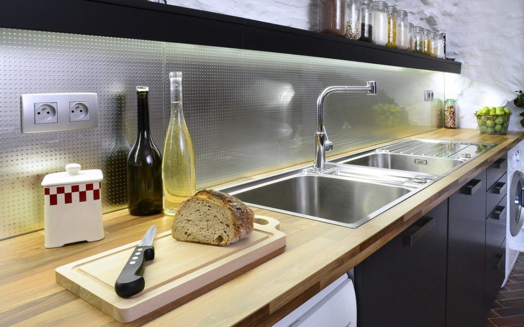 credence cuisine verre